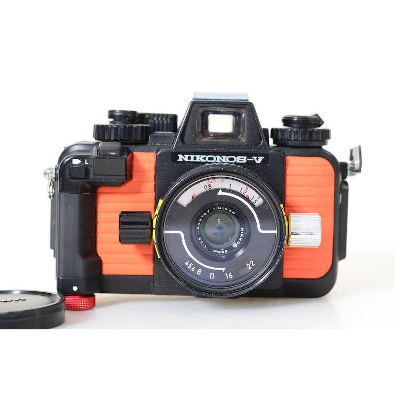 Nikon Nikonos V Orange+2,5/35