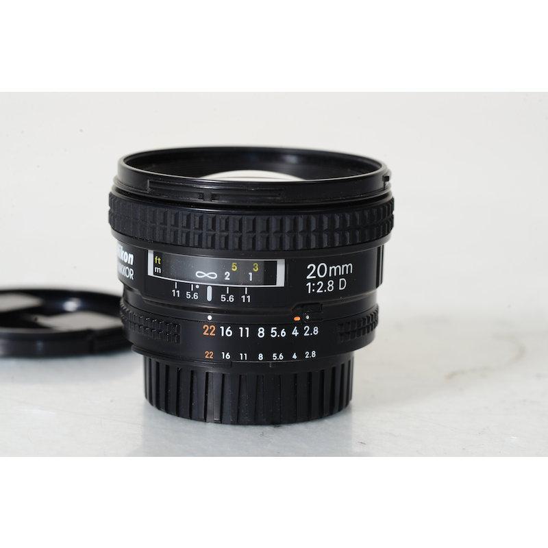 Nikon AF 2,8/20 D