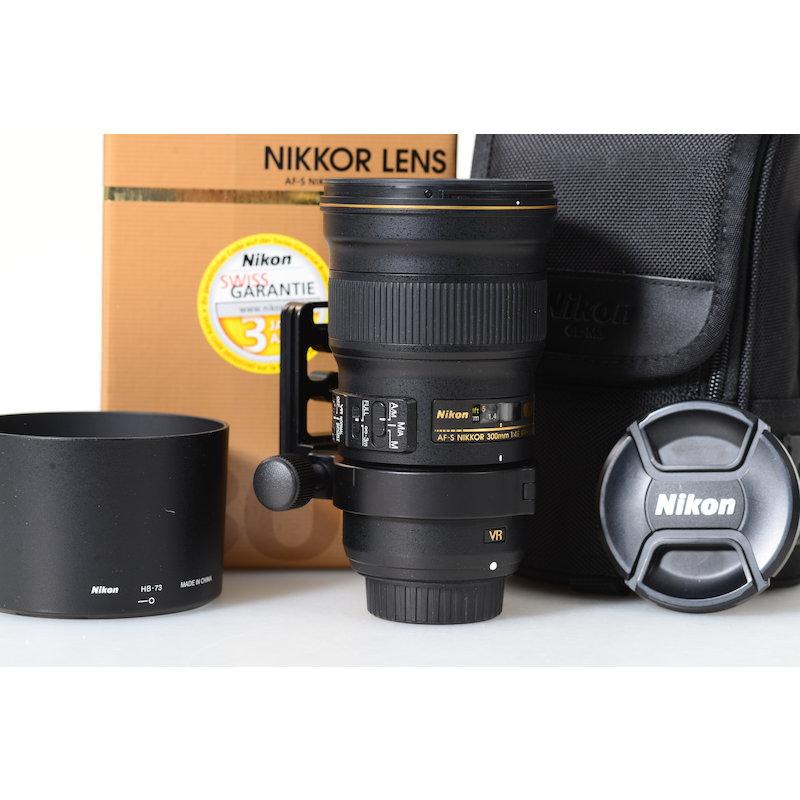 Nikon AF-S 4,0/300 E PF ED VR N