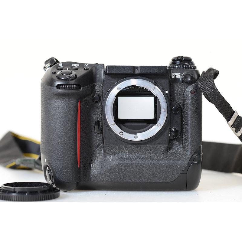 Nikon F5 ohne Sucher