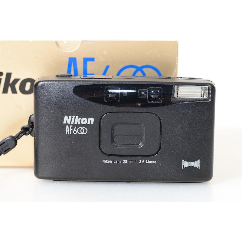 Nikon AF 600 Panorama