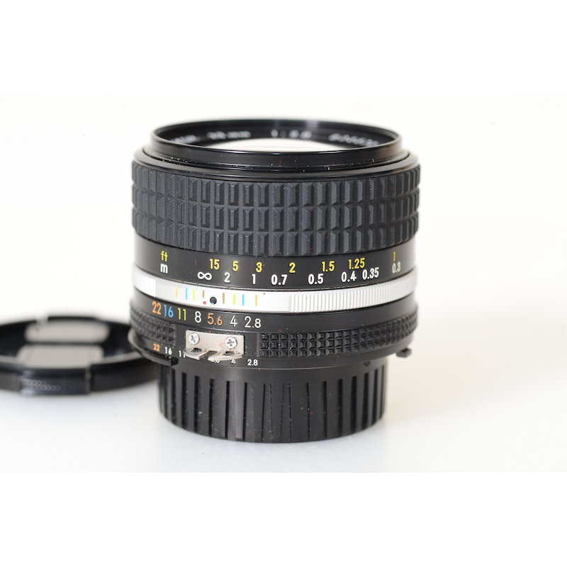 Nikon Ai/S 2,8/28