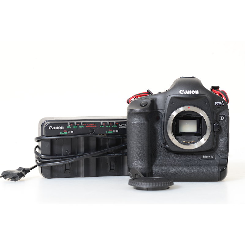 Canon EOS-1D Mark IV (15920 Auslösungen)