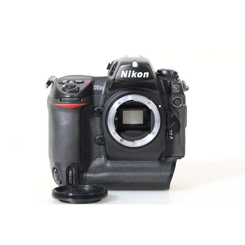 Nikon D2Xs (43500 Auslösungen)