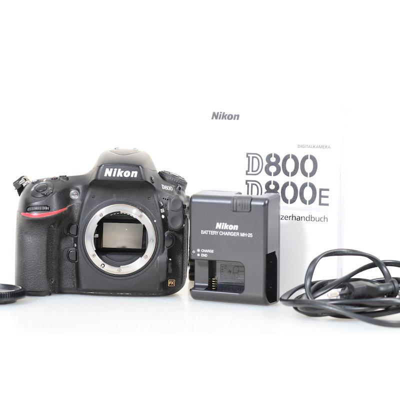 Nikon D800 (61332 Auslösungen)