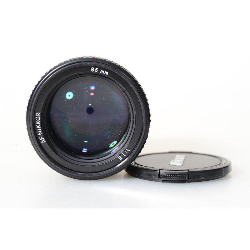 Nikon AF 1,8/85