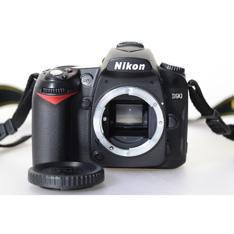 Nikon D90 (22550 Auslösungen)