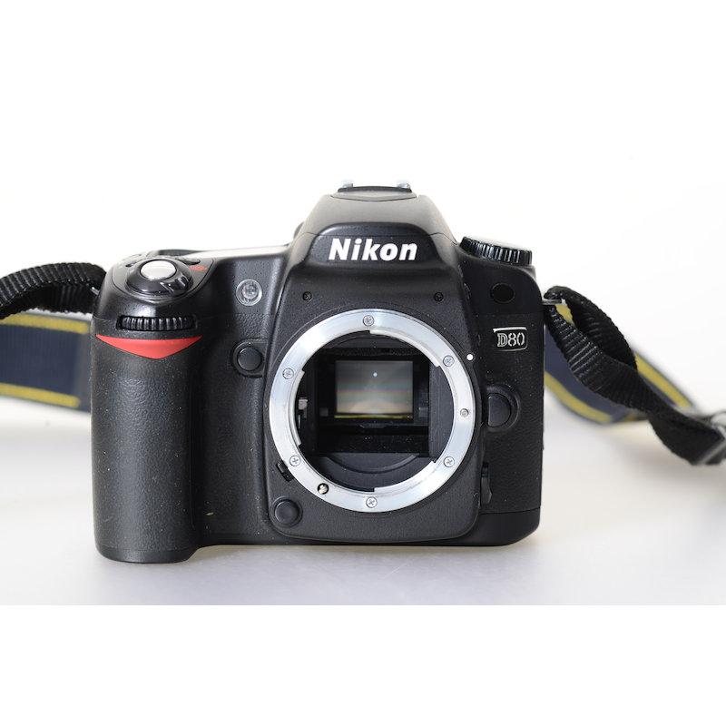 Nikon D80 (15740 Auslösungen)