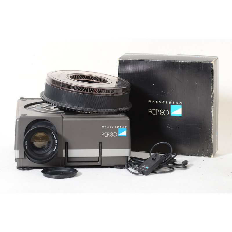 Hasselblad Diaprojektor PCP-80+Planar 3,5/150+Rundmagazin 12
